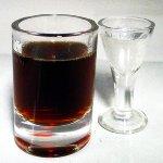 Lüttje Lage Glas Schnaps