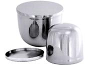 Eisbehälter und -formen
