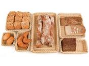 Körbe und Brottaschen